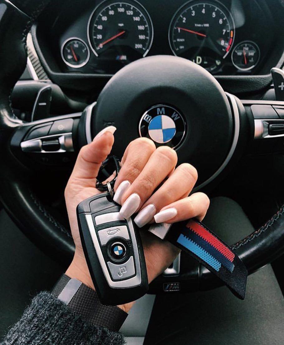 The Advantages of Smart Car Keys in London