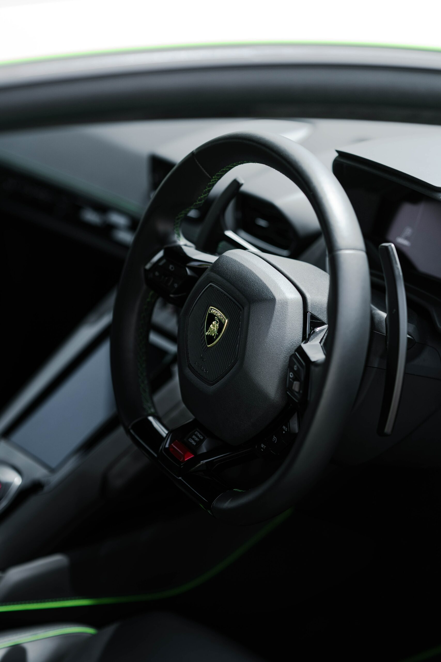 What Can an Auto Locksmith Do For Me do i call a locksmith in London?